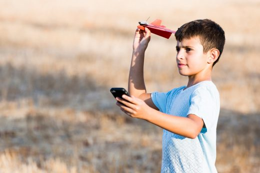 PowerUp releases its phone-controlled paper airplane