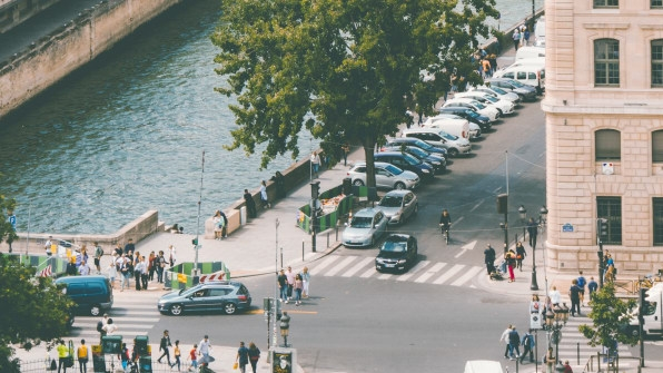 Paris Goes To Court To Protect Its Pedestrian Spaces   DeviceDaily.com