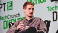 Evan Spiegel gave himself a $637M stock award