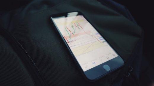 Investing app Robinhood is raising $350 million, valuing it at $5 billion