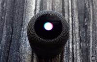 Apple goes on hiring spree to improve Siri's smarts