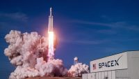 How Elon Musk and Jeff Bezos Are Trying to Upend Space Exploration