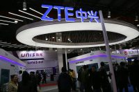 US and Chinese presidents work to get ZTE 'back into business'