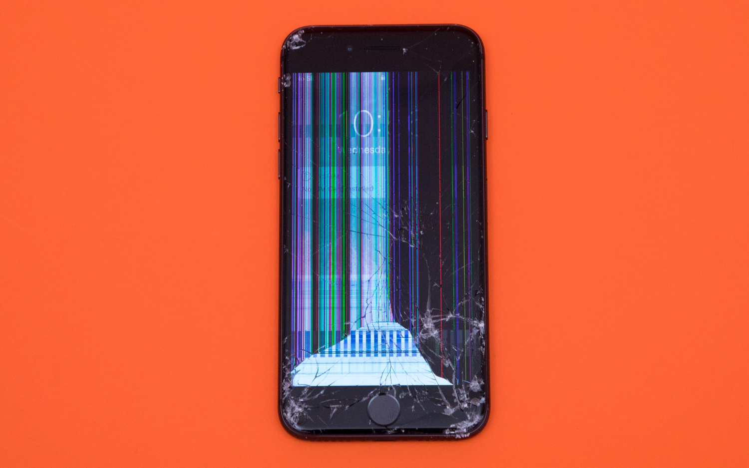 After dropping $18,000 worth of phones, these are the toughest | DeviceDaily.com