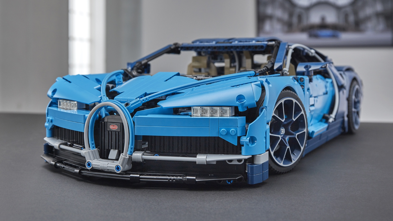 2018 Bugatti Chiron Lego Technic kit is amazingly detailed   DeviceDaily.com