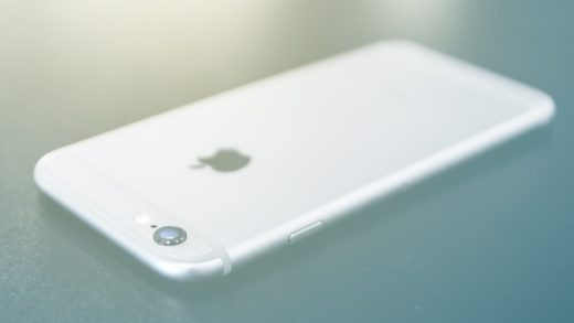 Apple knew the iPhone 6 would bend easier than predecessors, court docs show