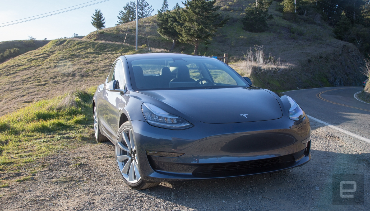 Tesla rolls out Model 3 braking update to tackle reviewer complaints | DeviceDaily.com