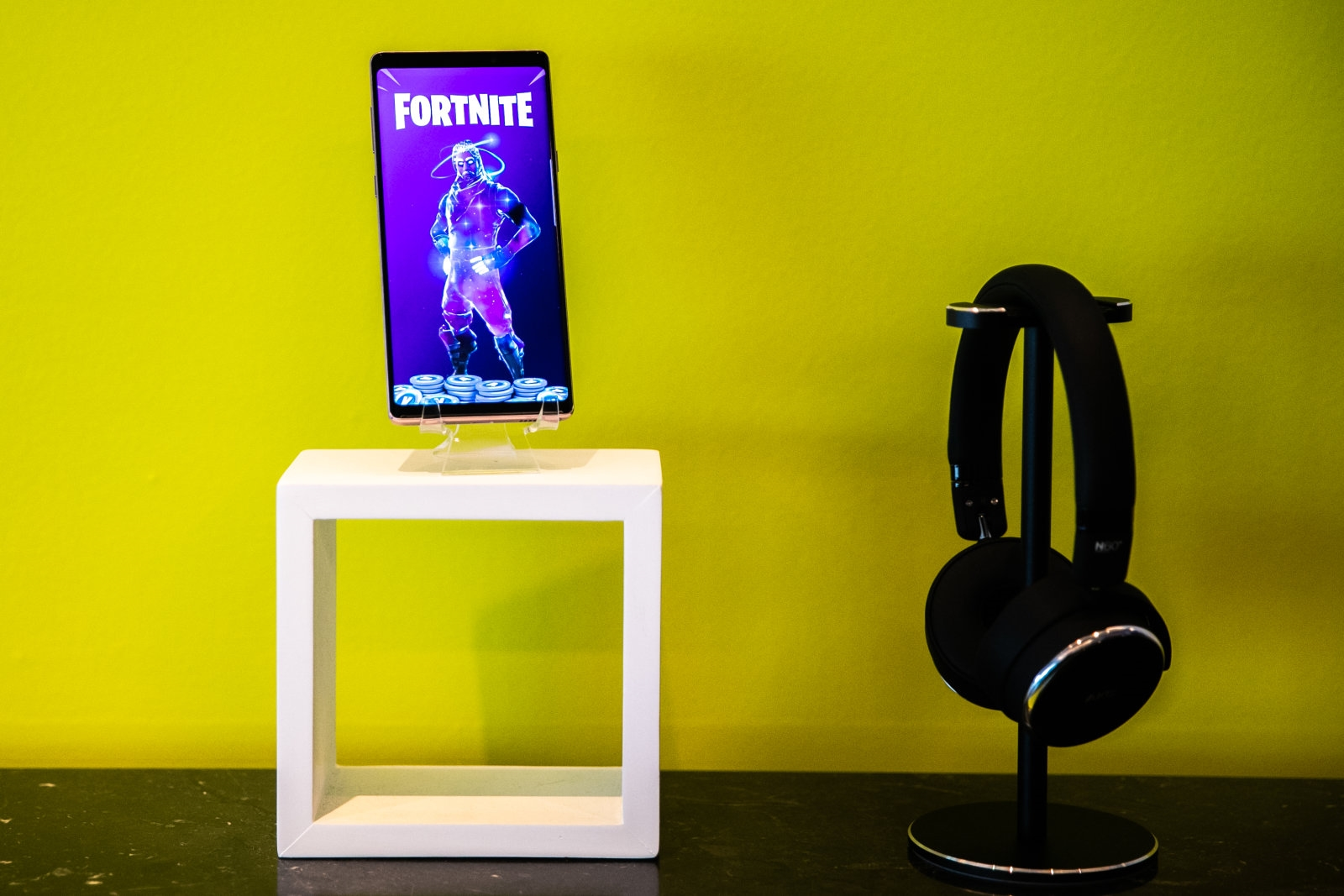 'Fortnite' Android beta invitations open to non-Samsung devices | DeviceDaily.com