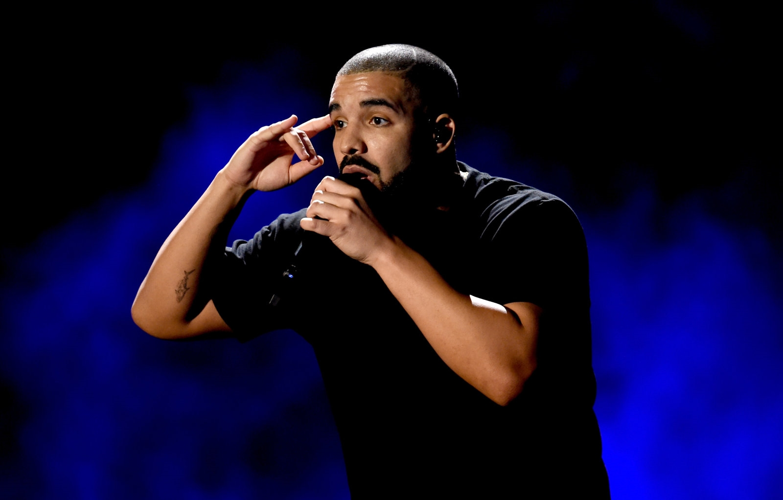 Please don't jump out of your car and dance to Drake, NTSB pleads | DeviceDaily.com