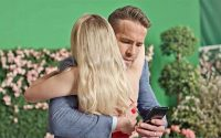 Ryan Reynolds, Peak Games Create Series Of Performance-Based Mobile Ads