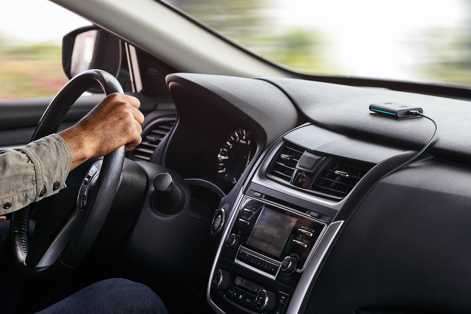 Amazon's Echo Auto puts Alexa in any car | DeviceDaily.com