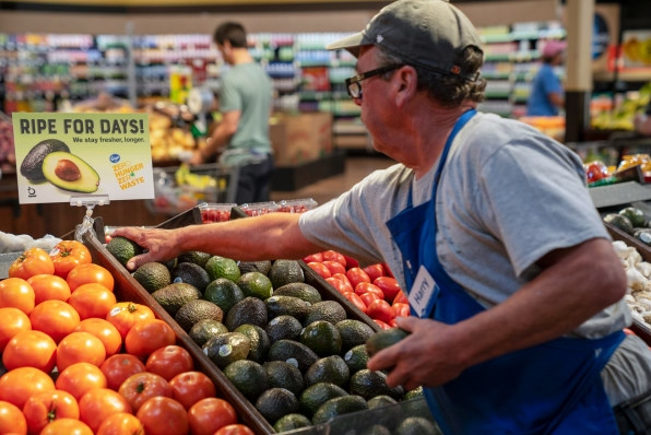 Apeel-coated produce is poised to take over grocery store shelves | DeviceDaily.com