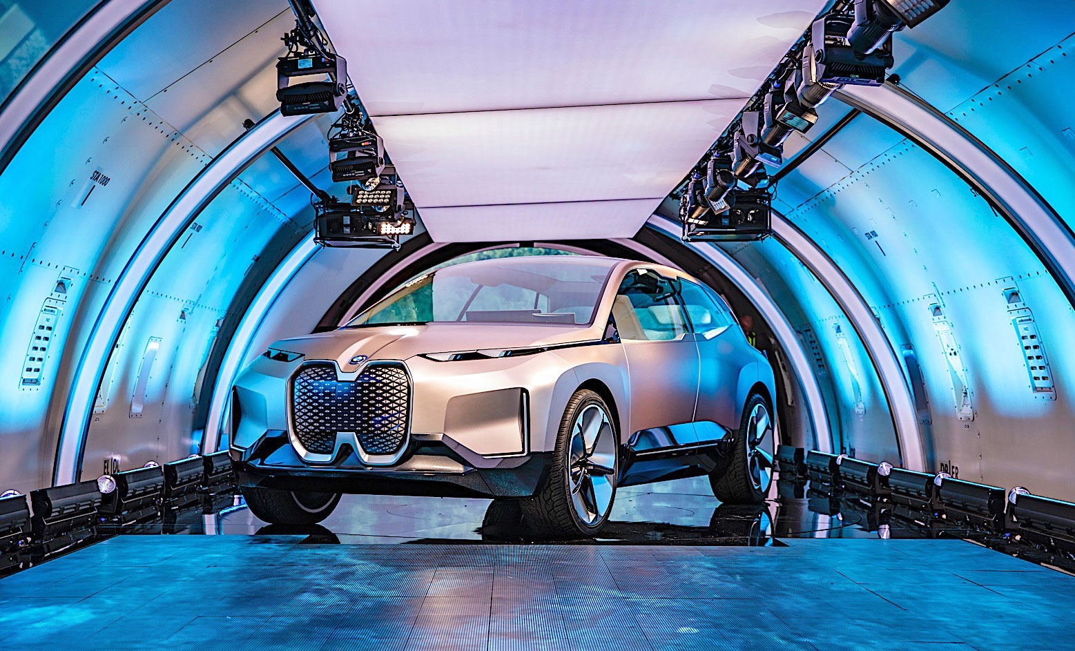 BMW unveils its vision for the 'iFuture' of luxury vehicles | DeviceDaily.com