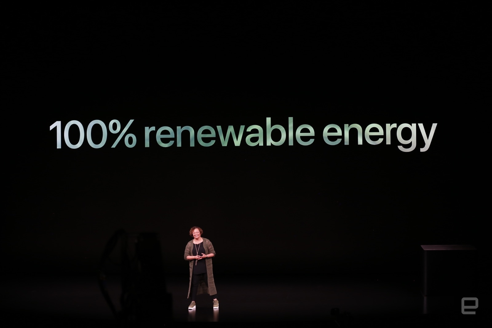 Apple's new iPhone hardware will have more renewable materials | DeviceDaily.com