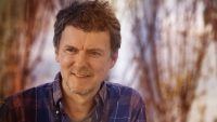 """Michel Gondry's no-bs trick to getting the best out of Jim Carrey for """"Kidding"""""""