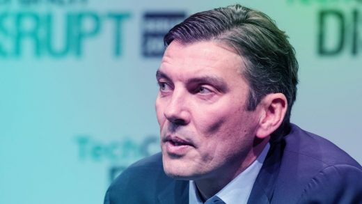 Report: Verizon may be showing Oath chief Tim Armstrong the door
