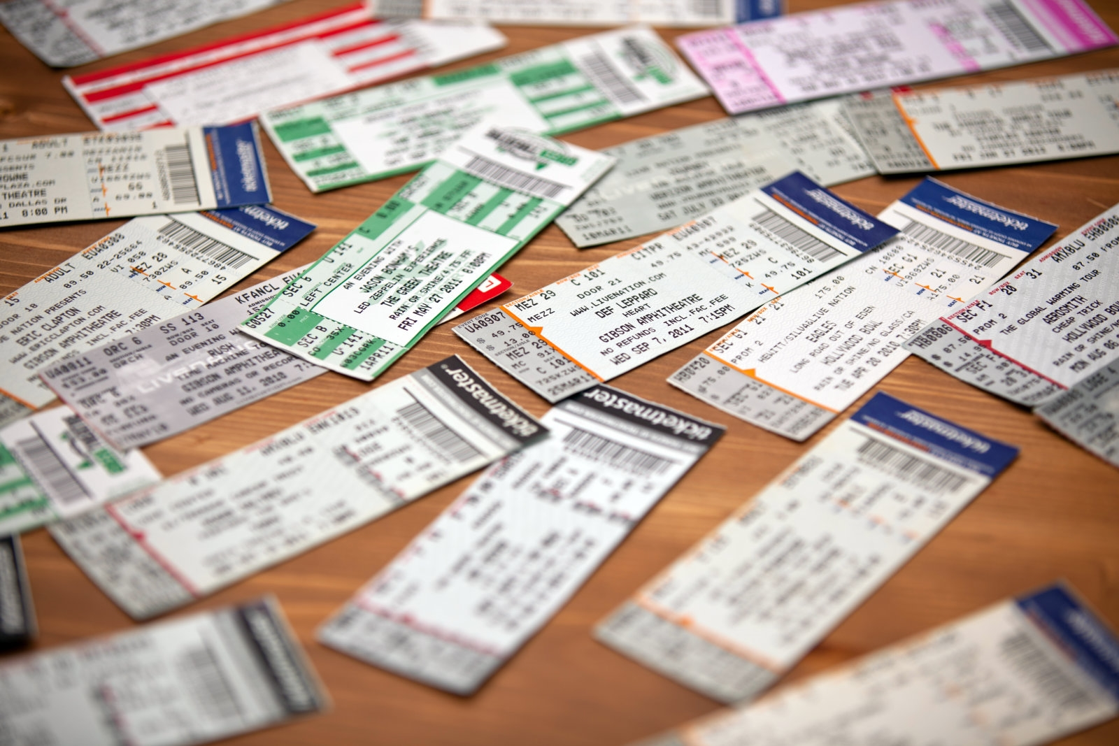 Ticketmaster caught enlisting pro scalpers for online resales | DeviceDaily.com