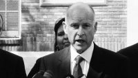 California governor signs country's toughest net neutrality law