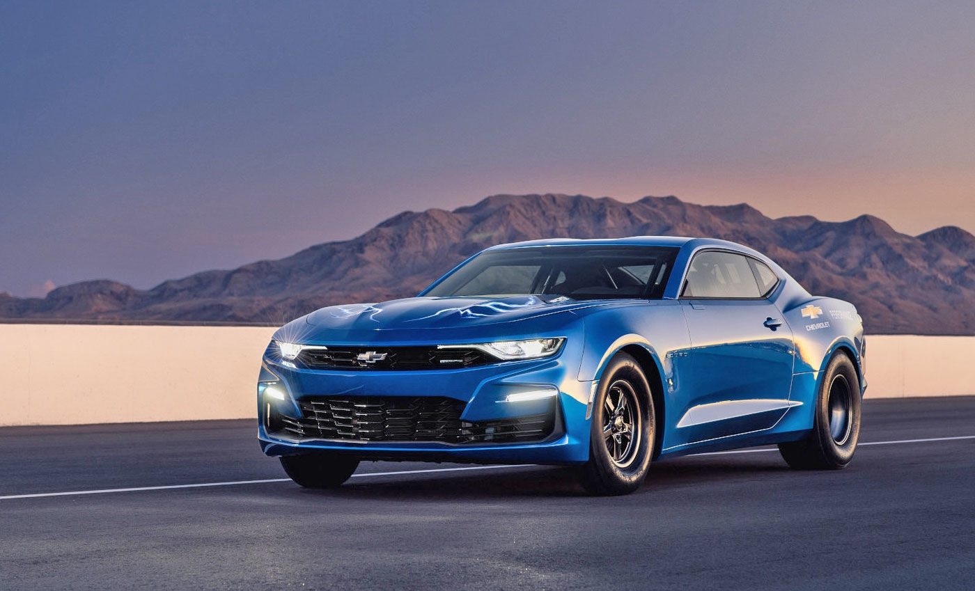 Chevrolet's electric Camaro race car packs an 800-volt battery | DeviceDaily.com