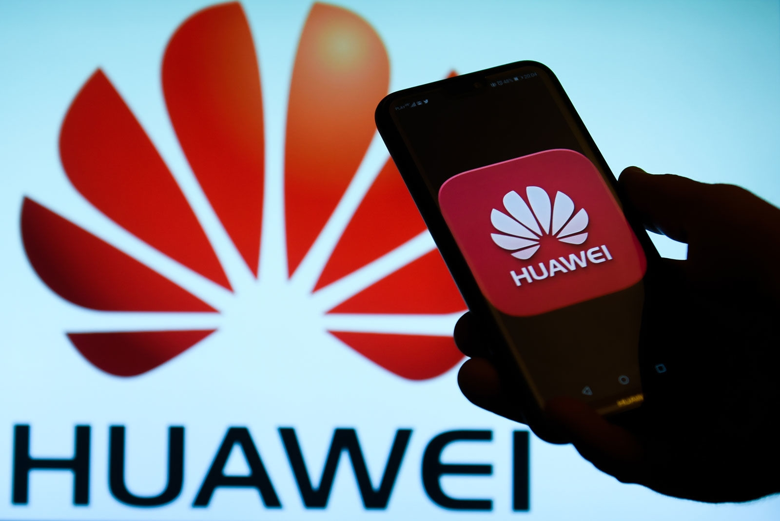 Huawei is working on a foldable 5G smartphone | DeviceDaily.com