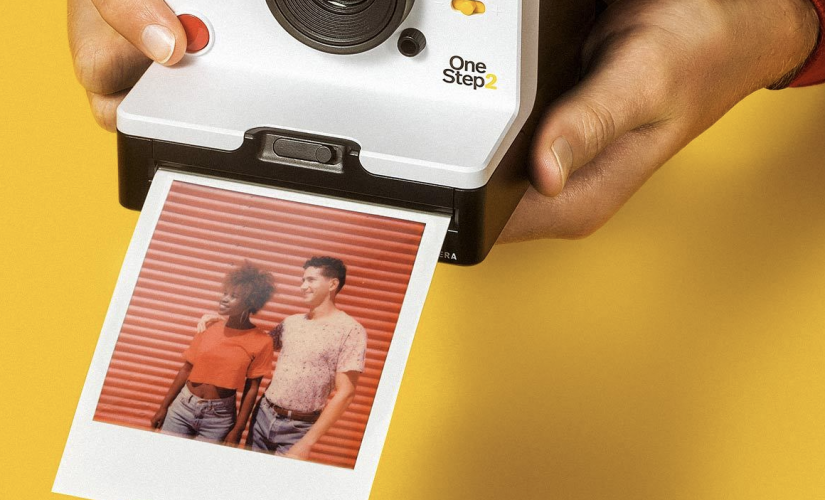 Polaroid OneStep 2 VF Viewfinder Instant Camera: Retro Flair with Updated Technology | DeviceDaily.com