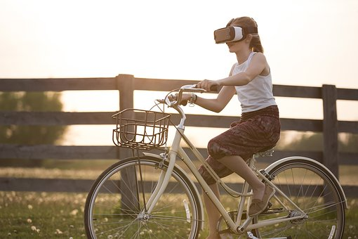 10 Amazing Uses of Virtual Reality | DeviceDaily.com