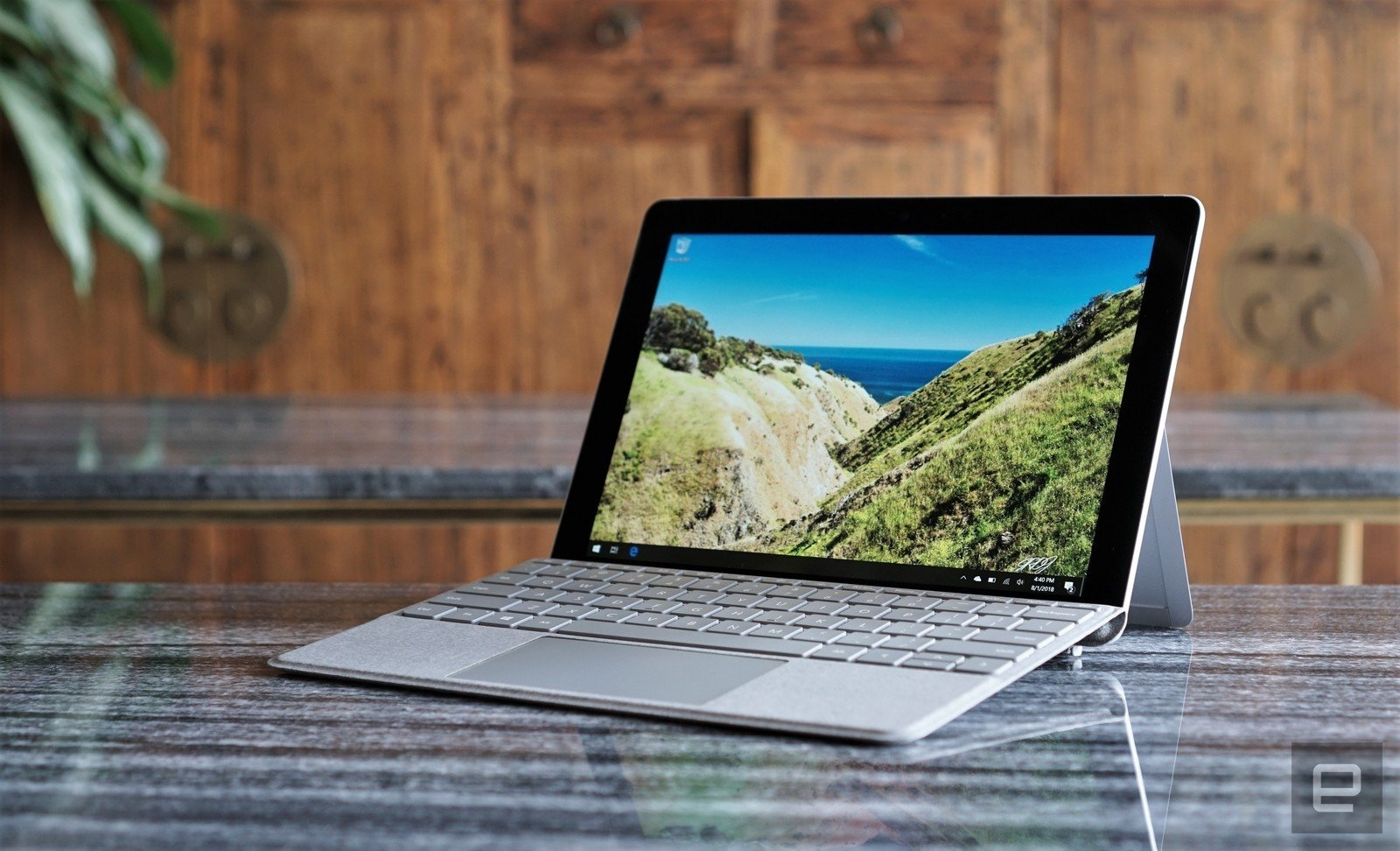 Microsoft's Surface Go with LTE will be available November 20th | DeviceDaily.com
