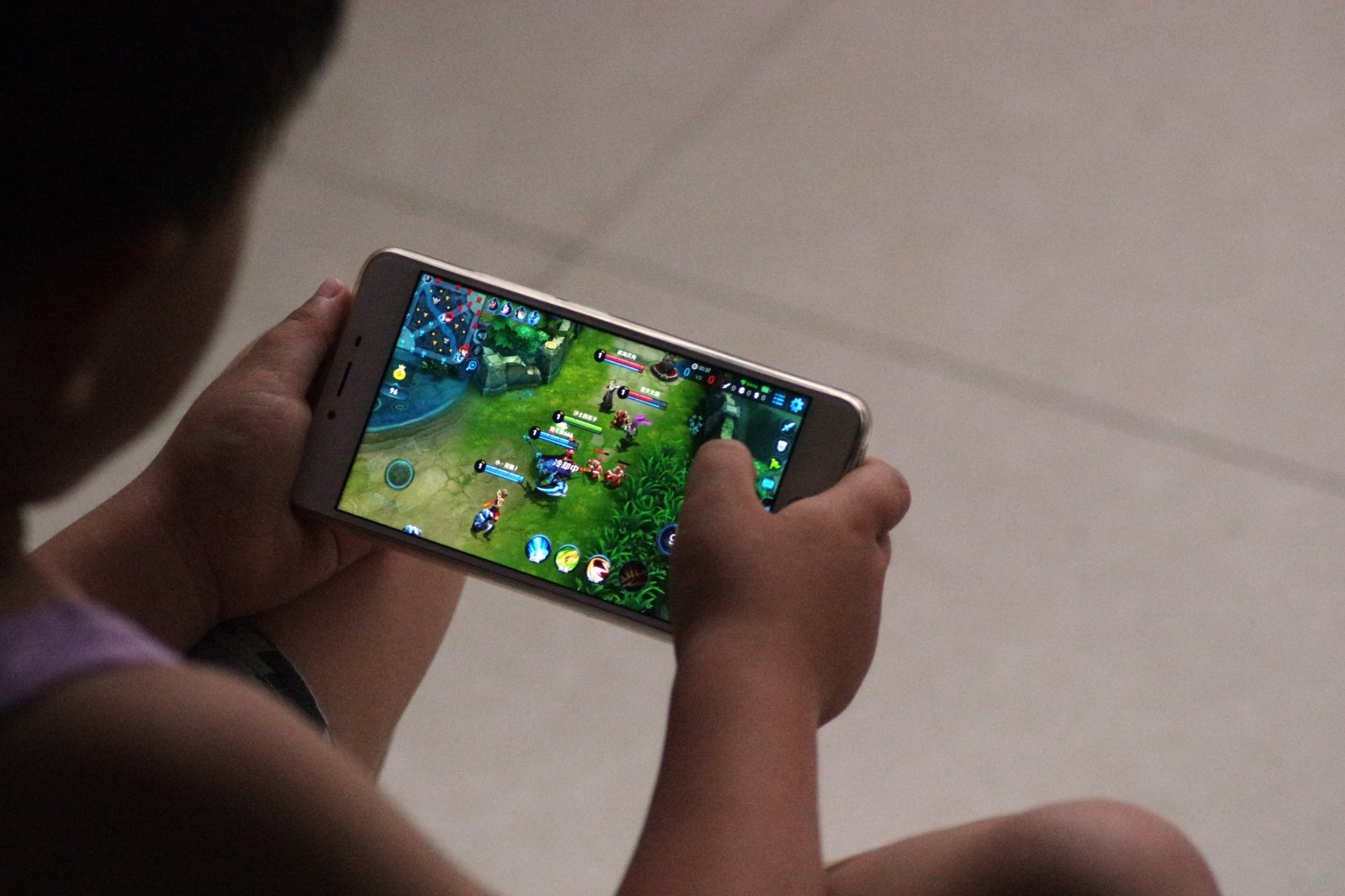 Tencent games will verify IDs to limit playing time for children | DeviceDaily.com