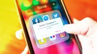 16 smartphone apps to delete before the new year