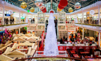5 Ways to Buck the Holiday Spending Trends This Year