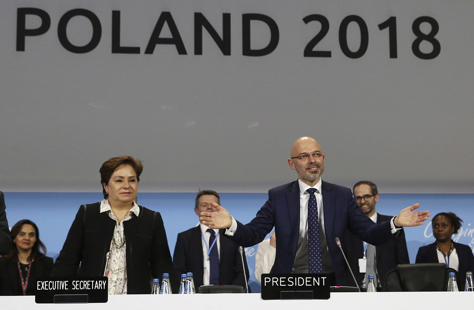 Governments reach deal to implement Paris climate change agreement | DeviceDaily.com
