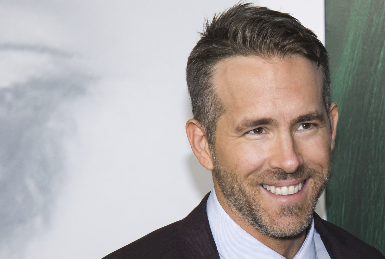 Ryan Reynolds is turning a Reddit short story into a horror movie | DeviceDaily.com