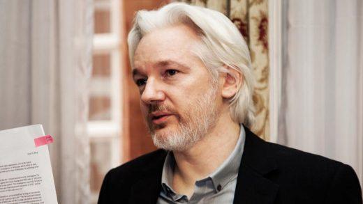 WikiLeaks disputes report that Paul Manafort met with Julian Assange