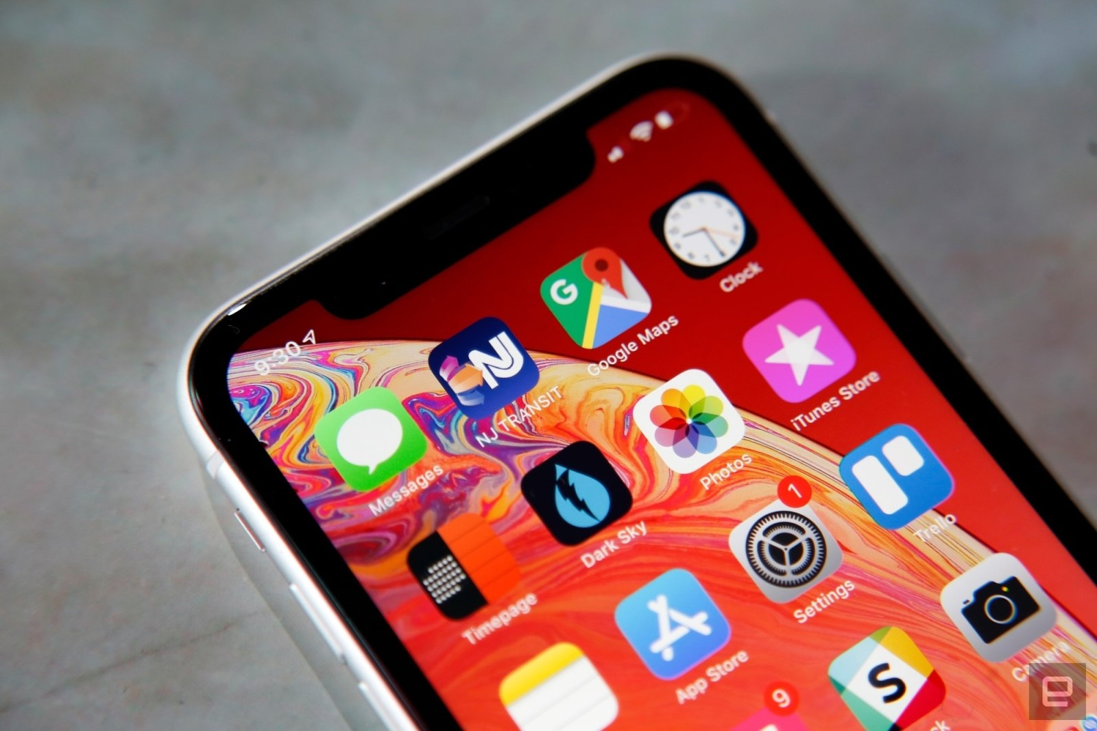 Over a dozen iPhone apps talked to a known malware server | DeviceDaily.com