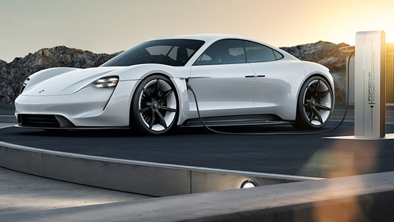 Porsche Taycan owners will get three years of free charging | DeviceDaily.com