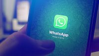 WhatsApp is limiting how many people you can forward a message to