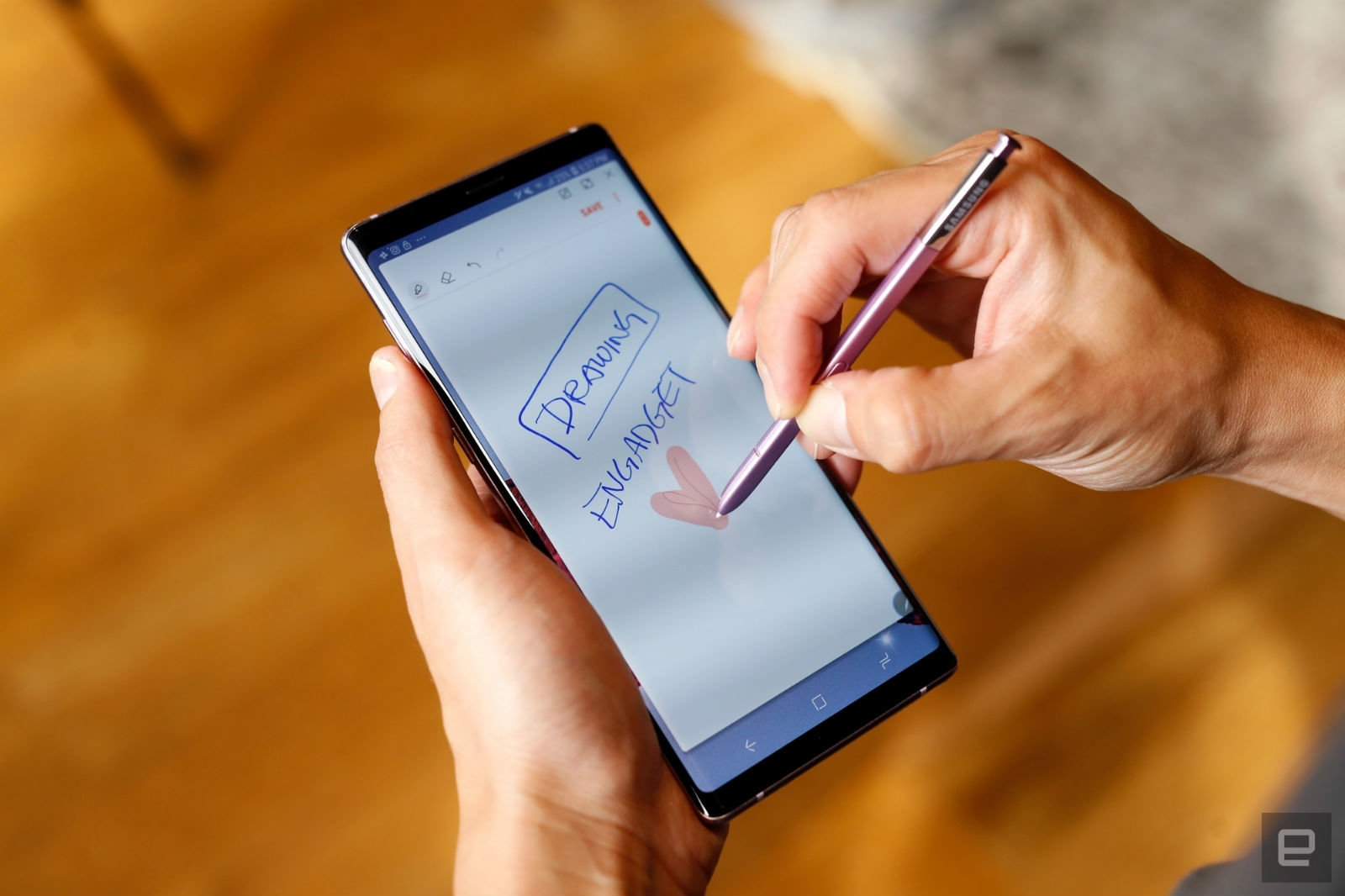 Someone at Samsung thinks a stylus with a camera is a good idea | DeviceDaily.com