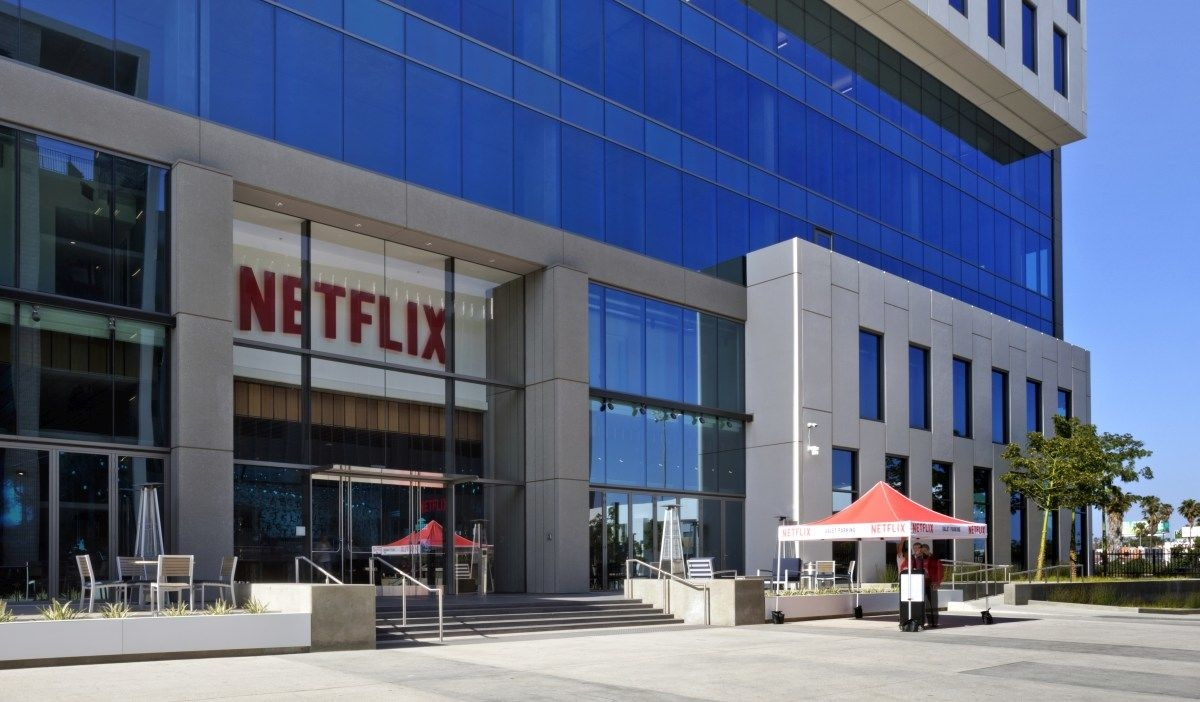 Netflix's LA office reportedly under lockdown (updated) | DeviceDaily.com
