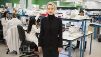 How to watch The Inventor, HBO's Theranos documentary, without cable