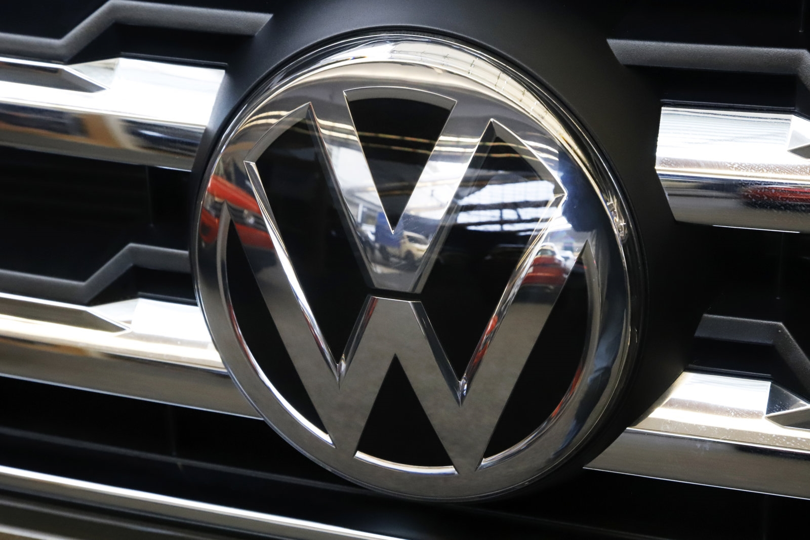VW and its former CEO charged with defrauding investors in diesel scandal | DeviceDaily.com