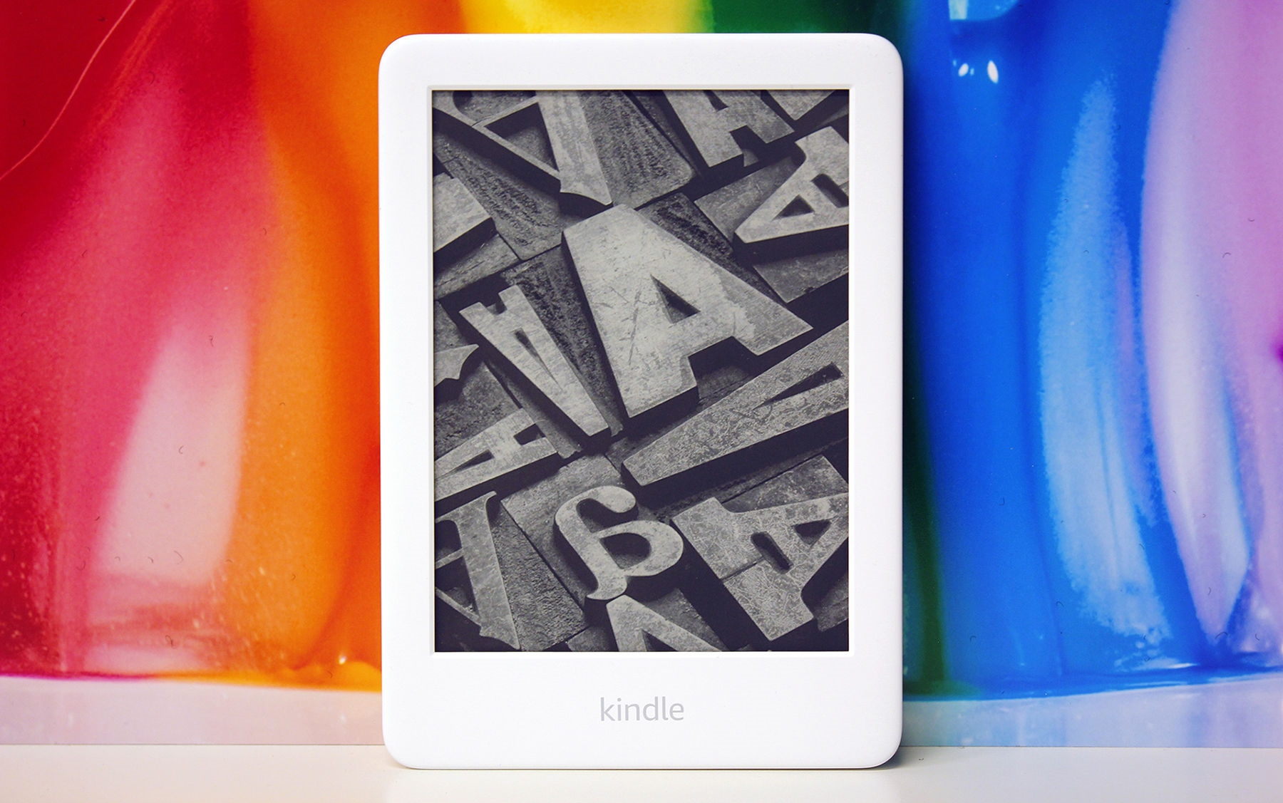 Amazon Kindle review (2019): The Paperwhite gets a run for its money | DeviceDaily.com