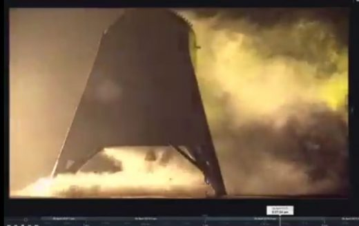 Get an up-close look at SpaceX's latest Starhopper test