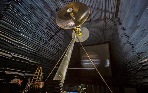 NASA is testing Jupiter moon probe's data-beaming antenna