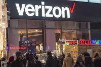 Verizon's new activation fees cost more in-store, less in-app