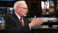 People are willing to pay a fortune to have lunch with Warren Buffett (for charity)