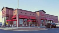 Americans crown Chick-fil-A as their favorite fast food restaurant (McDonald's is last)