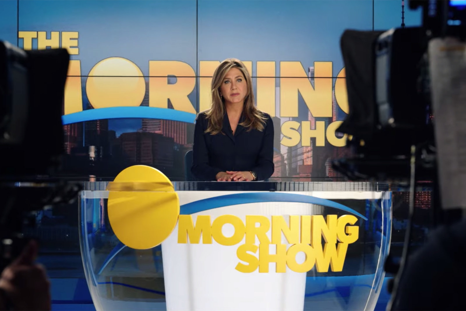 Apple finally releases a trailer for 'The Morning Show' | DeviceDaily.com