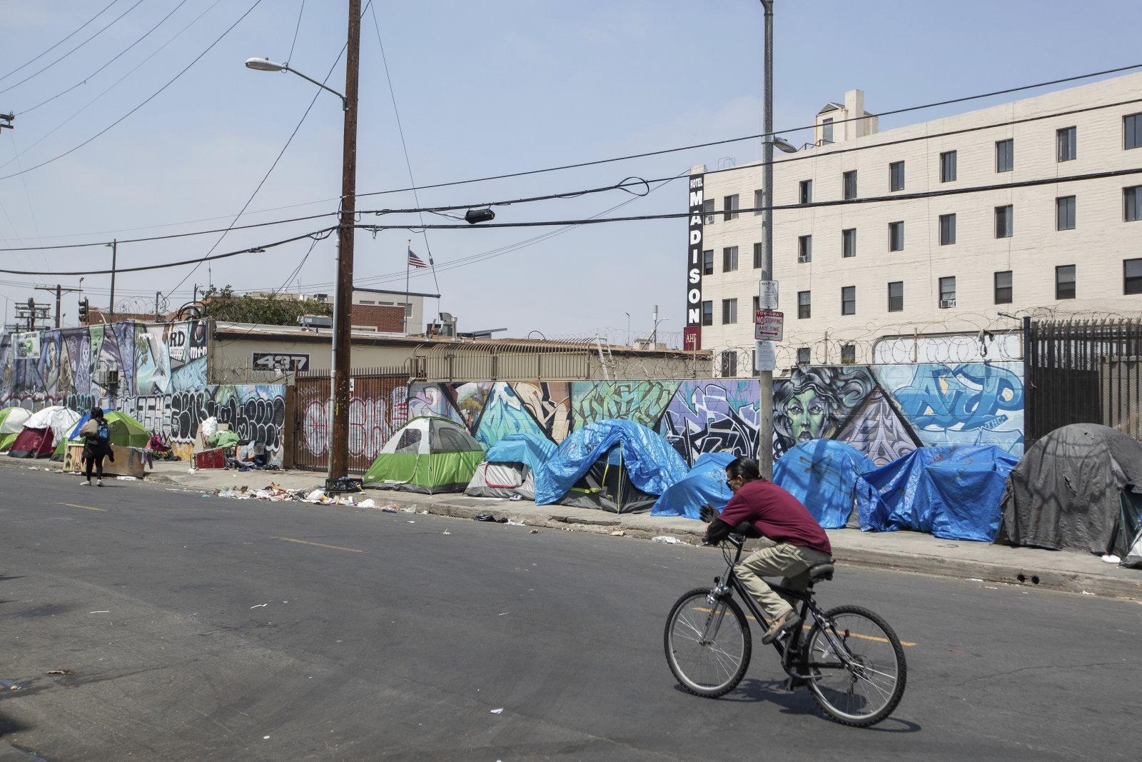 Cruel Google Maps trick marked livestreamer's mansion as a homeless shelter | DeviceDaily.com