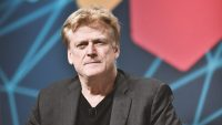 Overstock.com's stock price tanks after CEO's bizarre, cryptic remarks
