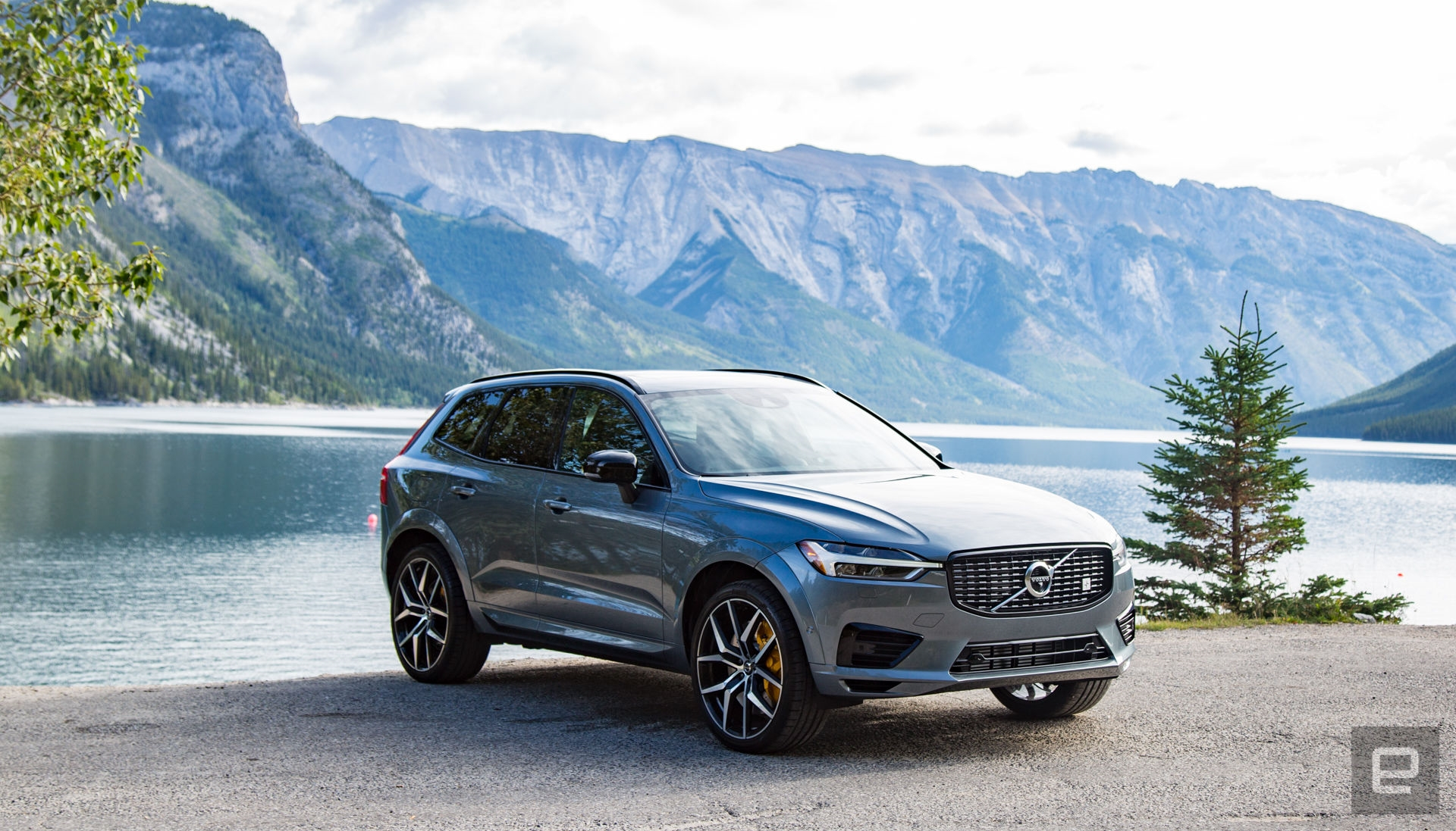 Volvo's Polestar engineered XC60 is fast, but still reserved | DeviceDaily.com